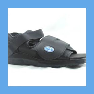 DARCO Surgical Shoe, Square Toe surgical shoe, Darco, square toe design, rocker sole