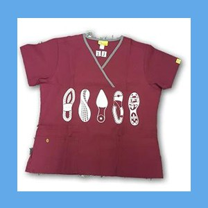Wonder Wink Scrub Top Shoe Prints II Wine/Pewter Trim (LARGE) OVERSTOCK Scrubs Top Shoe Prints Wine/Pewter Trim