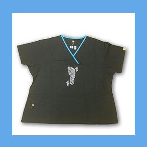 Wonder Wink Scrub Top Henna Tattoes Black/Malibu Trim OVERSTOCK Scrubs Top Henna Tattoes Black/Malibu Trim