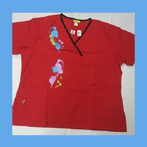 Wonder Wink Scrub Top Artsy Arch Paint Splash Red/Black Trim (2X) OVERSTOCK Scrubs Top Artsy Arch Paint Splash Red/Black Trim